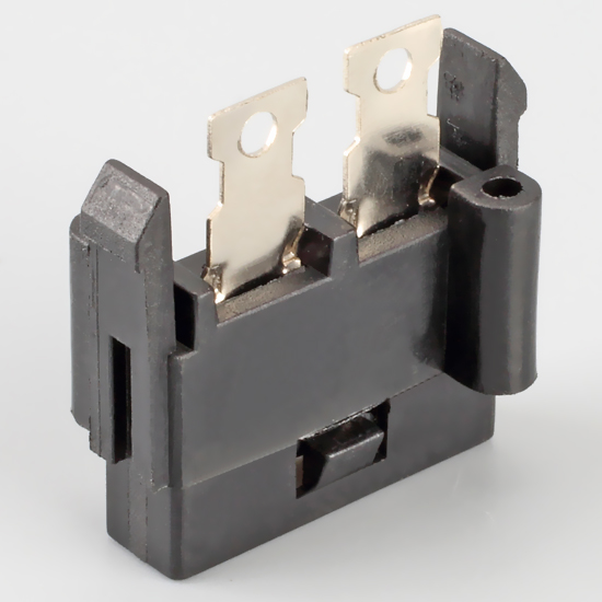 Is the American fuse socket an American fuse socket?